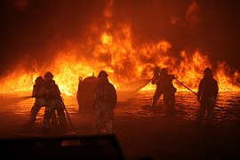 firefighters-1243458__180